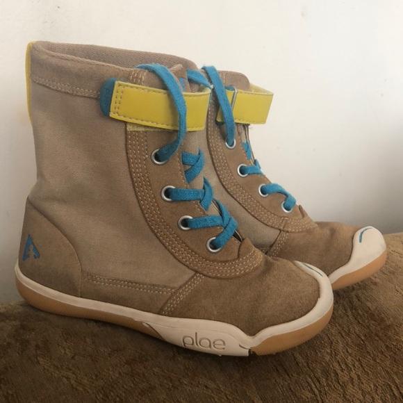 Plae Noel boots! M 5b6ef0a11b16db055d3ee356 a835aa97b6